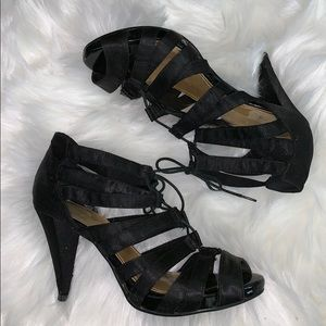 H&M   strapping heels